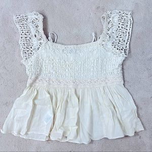 American Eagle Outfitters- Cropped Top